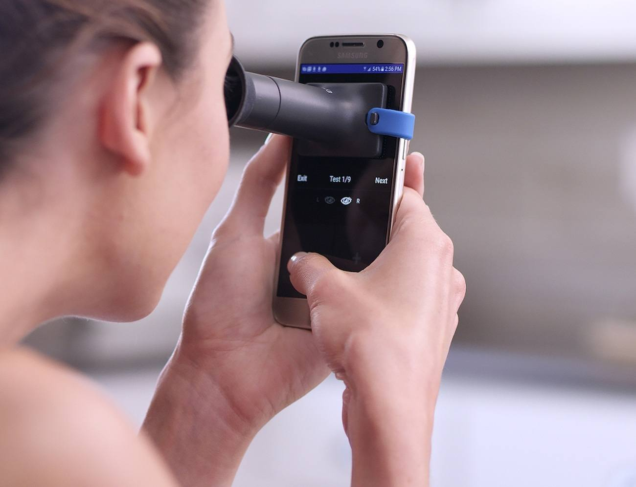 EyeQue Delivers Accurate Vision Tests on the Go