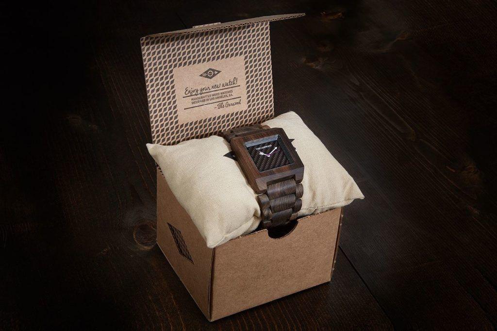 java sandalwood watch