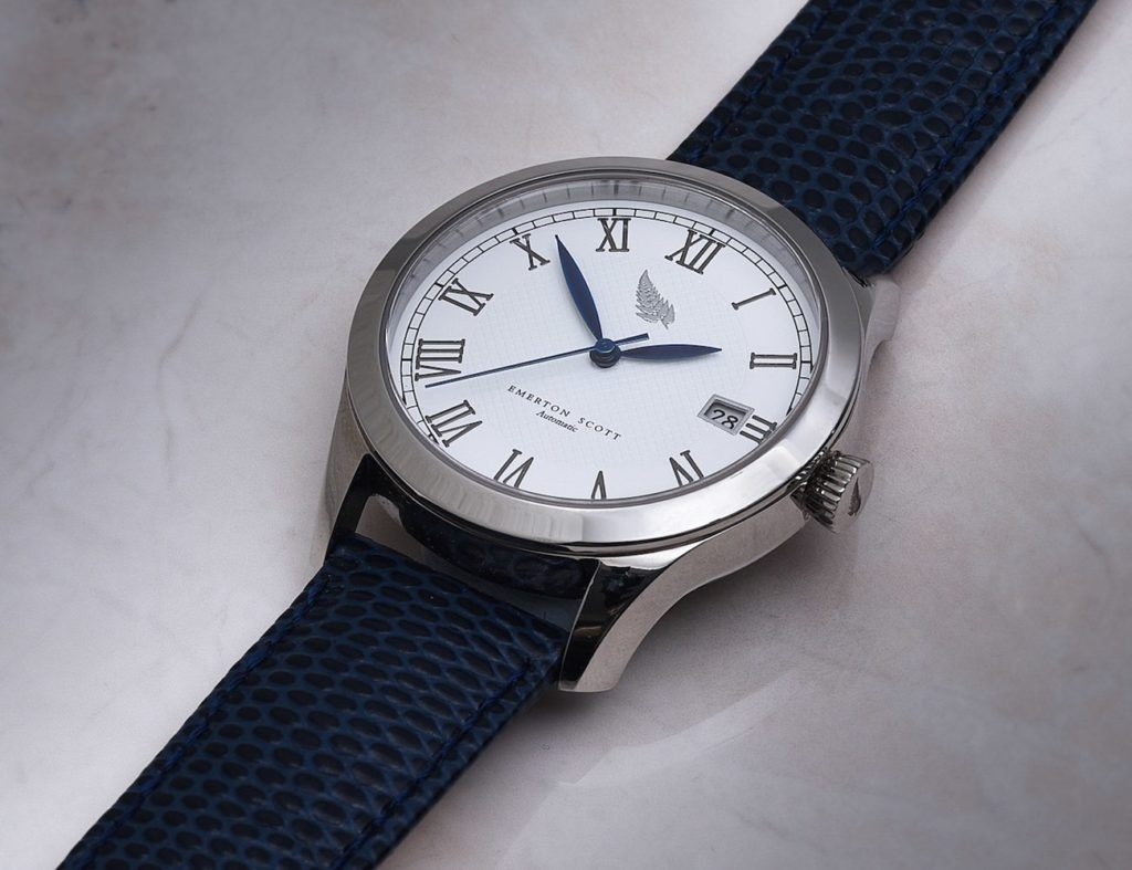 es2 watch in blue leather