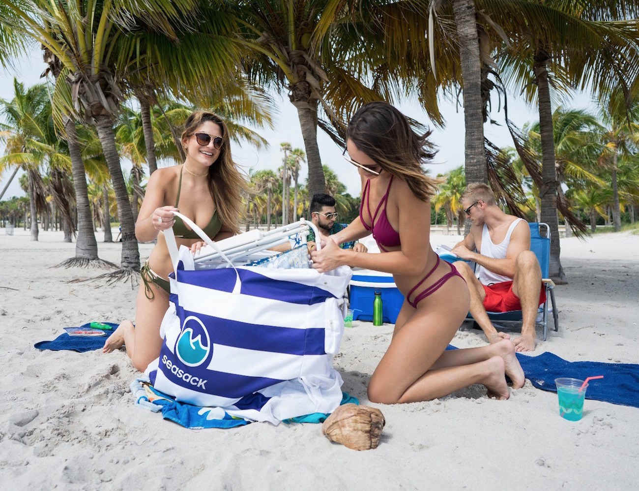 SeaSack – A Beach Chair Backpack