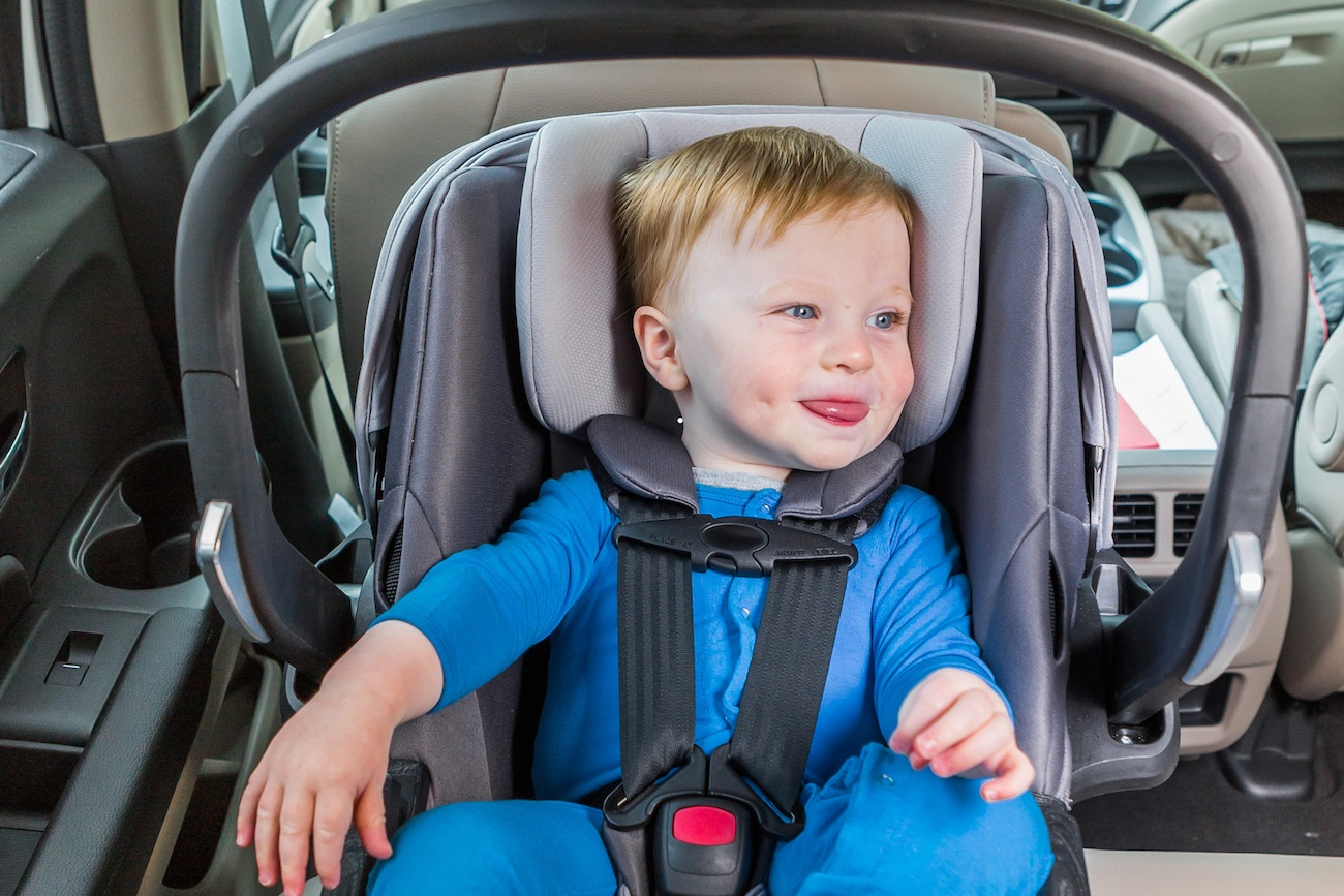 Self-Installing Car Seat by 4moms