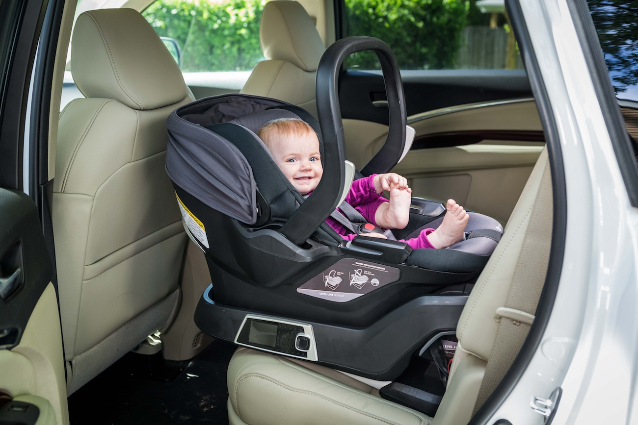 Self Installing Car Seat By 4moms