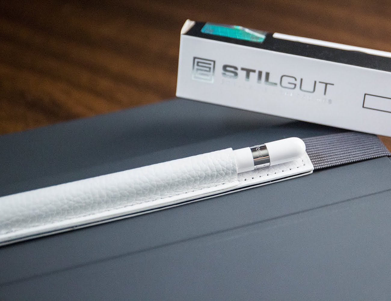 StilGut Leather Sleeve for Apple Pencil
