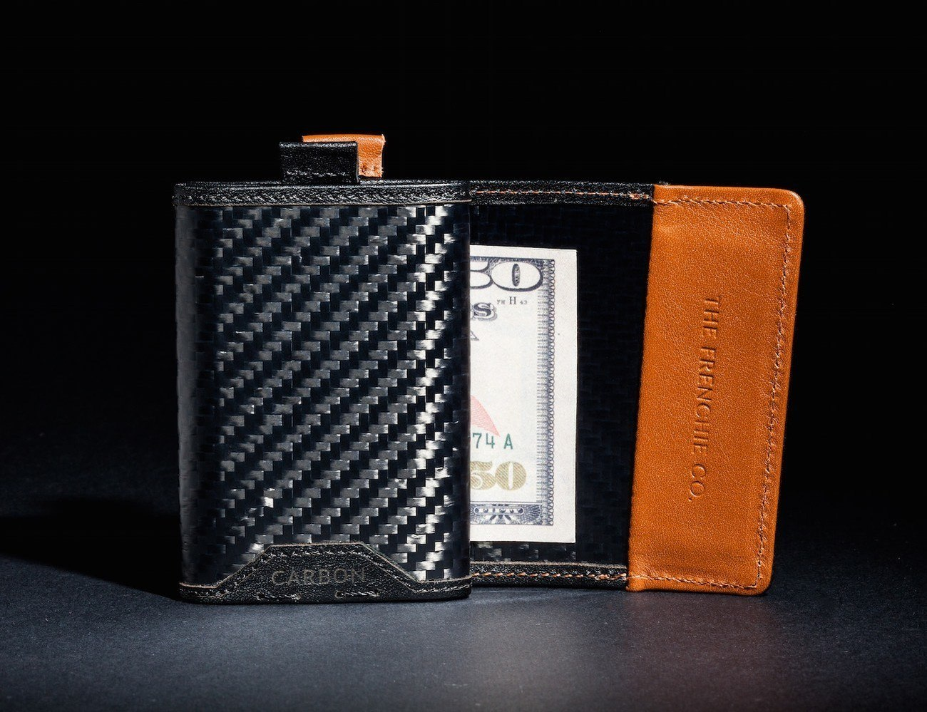 The Speed Wallet Lets You Access Your Cards Quickly