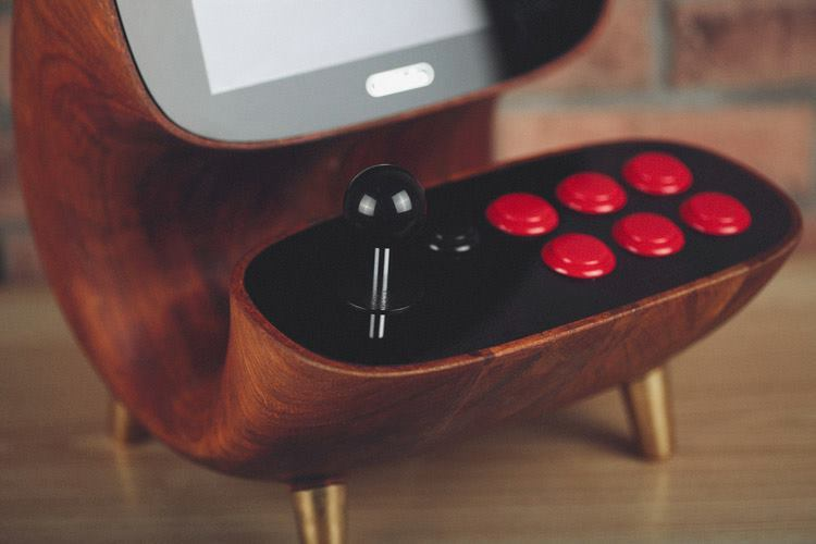 Wooden Retro Desktop Arcade by 8Bitdo