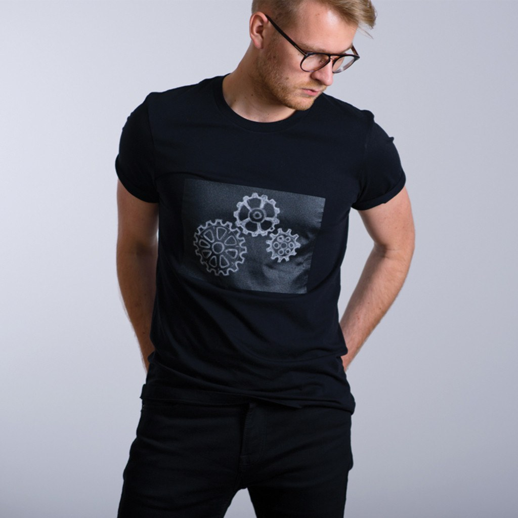 challky-drawable-chalkboard-tshirt