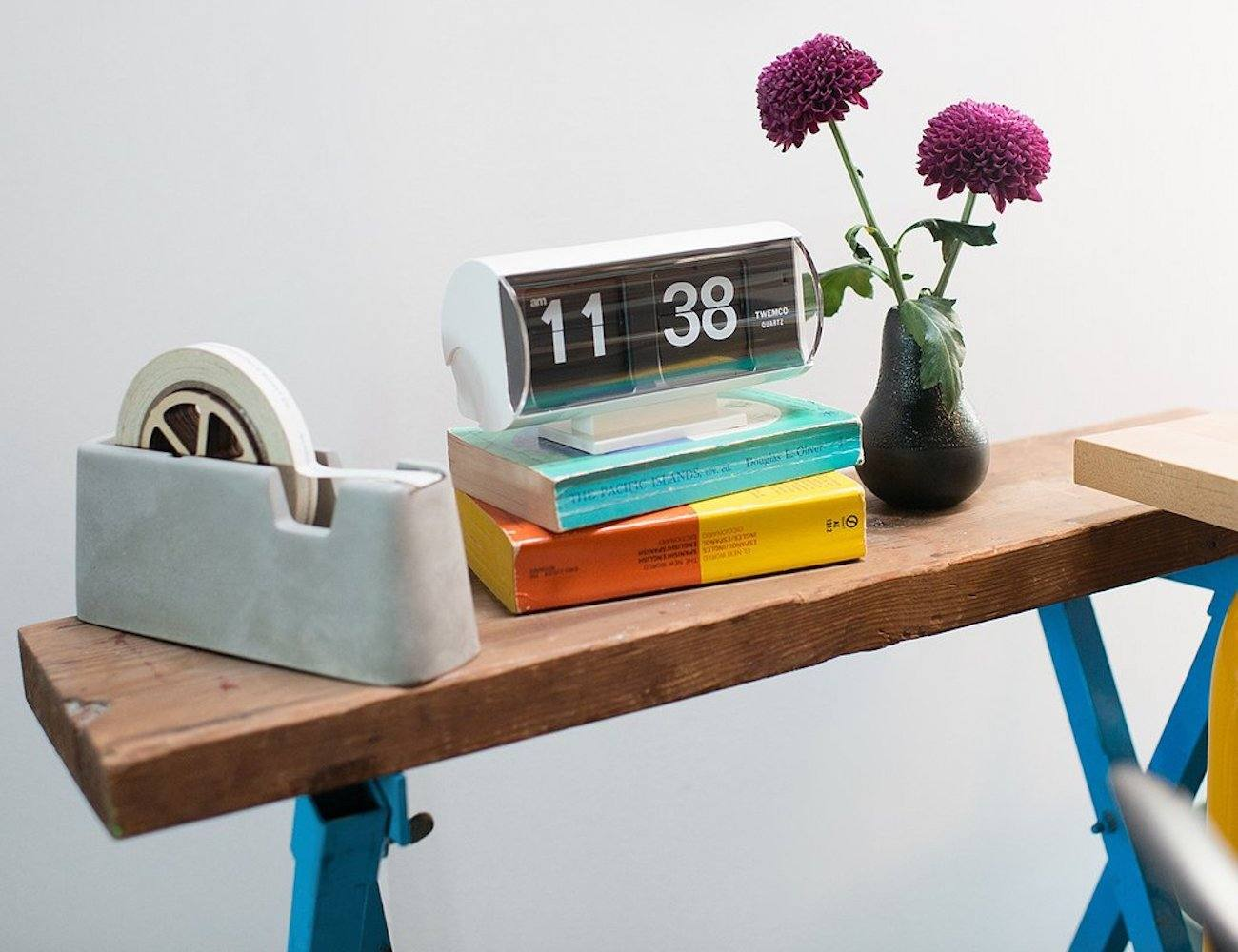 Retro Analogue Flip Clock