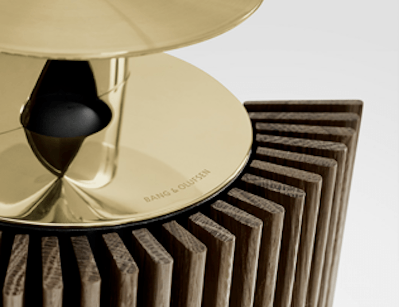 BEOLAB 18 Contemporary Wireless Speaker