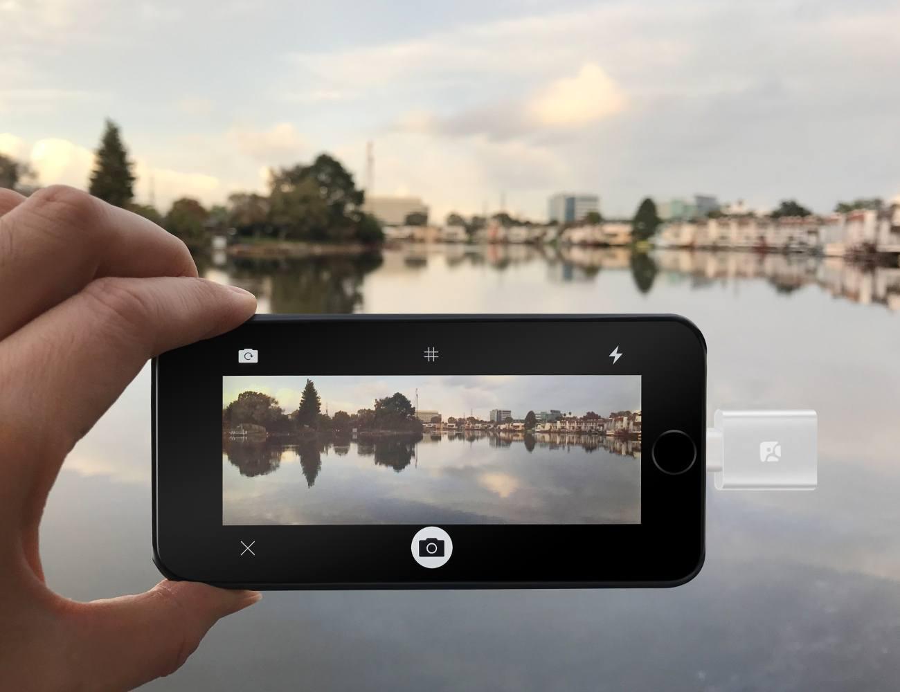 Dash-i+MicroSD+Reader