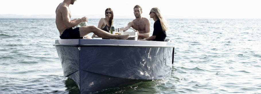 The Picnic Boat is the Luxury Boat You Need