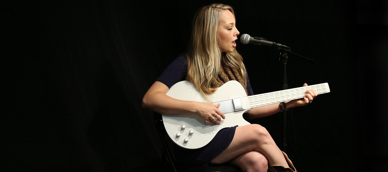 MI Digital Guitar For Musicians