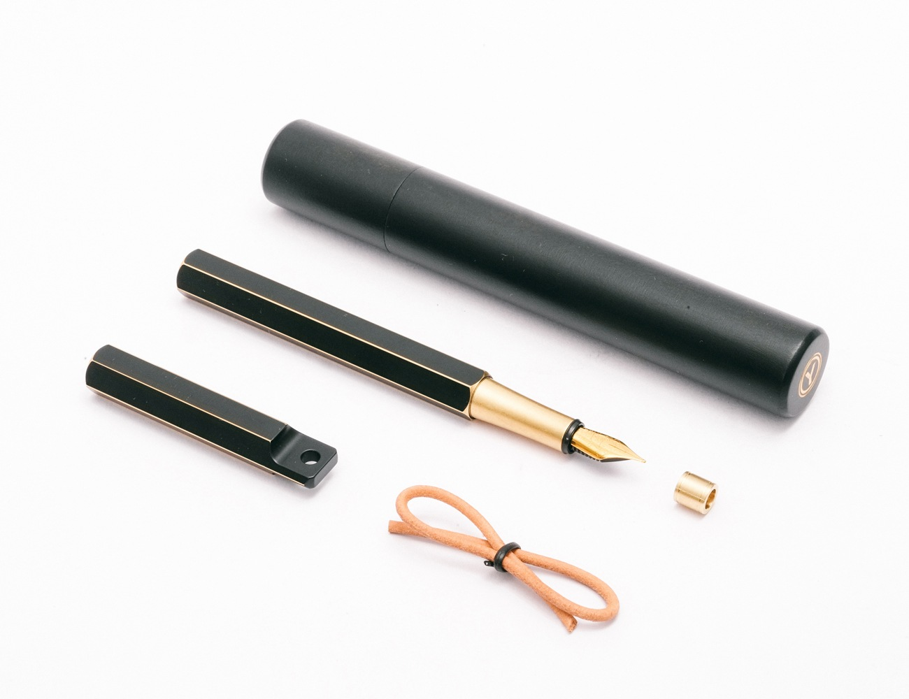 Portable Fountain Pen by Ystudio