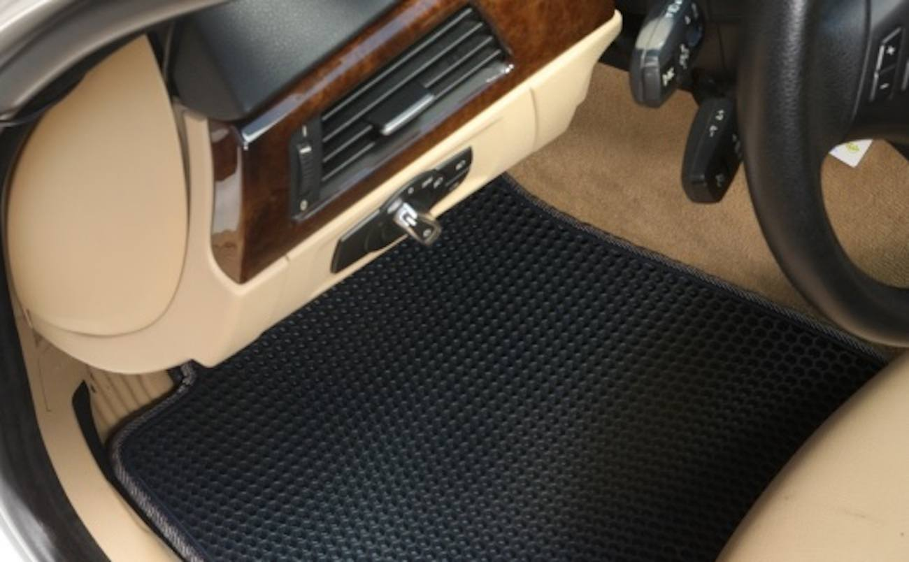 TRAPMATS Easy-Clean Car Mats