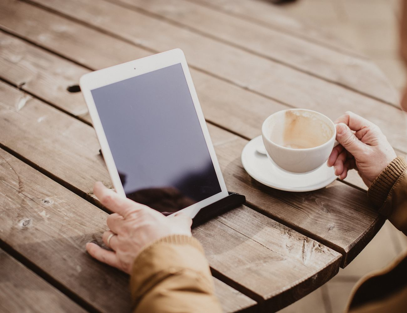 iPad+%26+Tablet+Holder