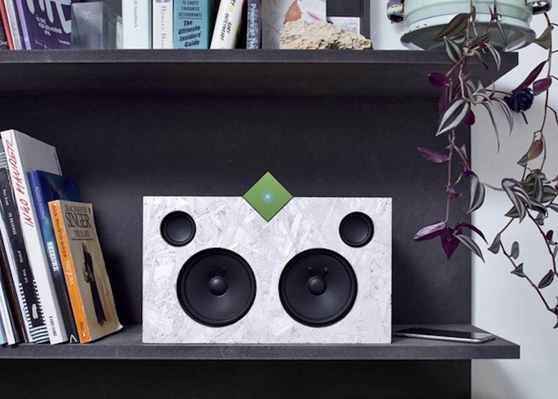 The Vamp Stereo + Speaker