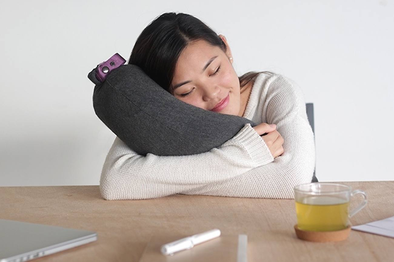 Aubergine Inflatable Pillow