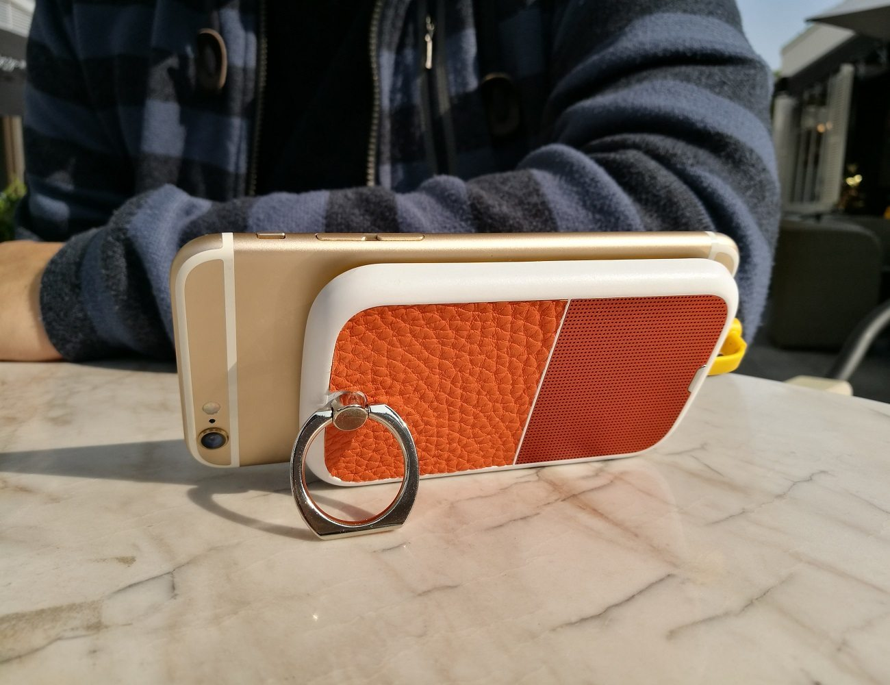 CELLO Smartphone Battery Stand