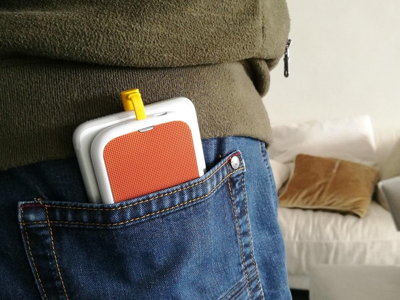 CELLO Smartphone Battery Stand