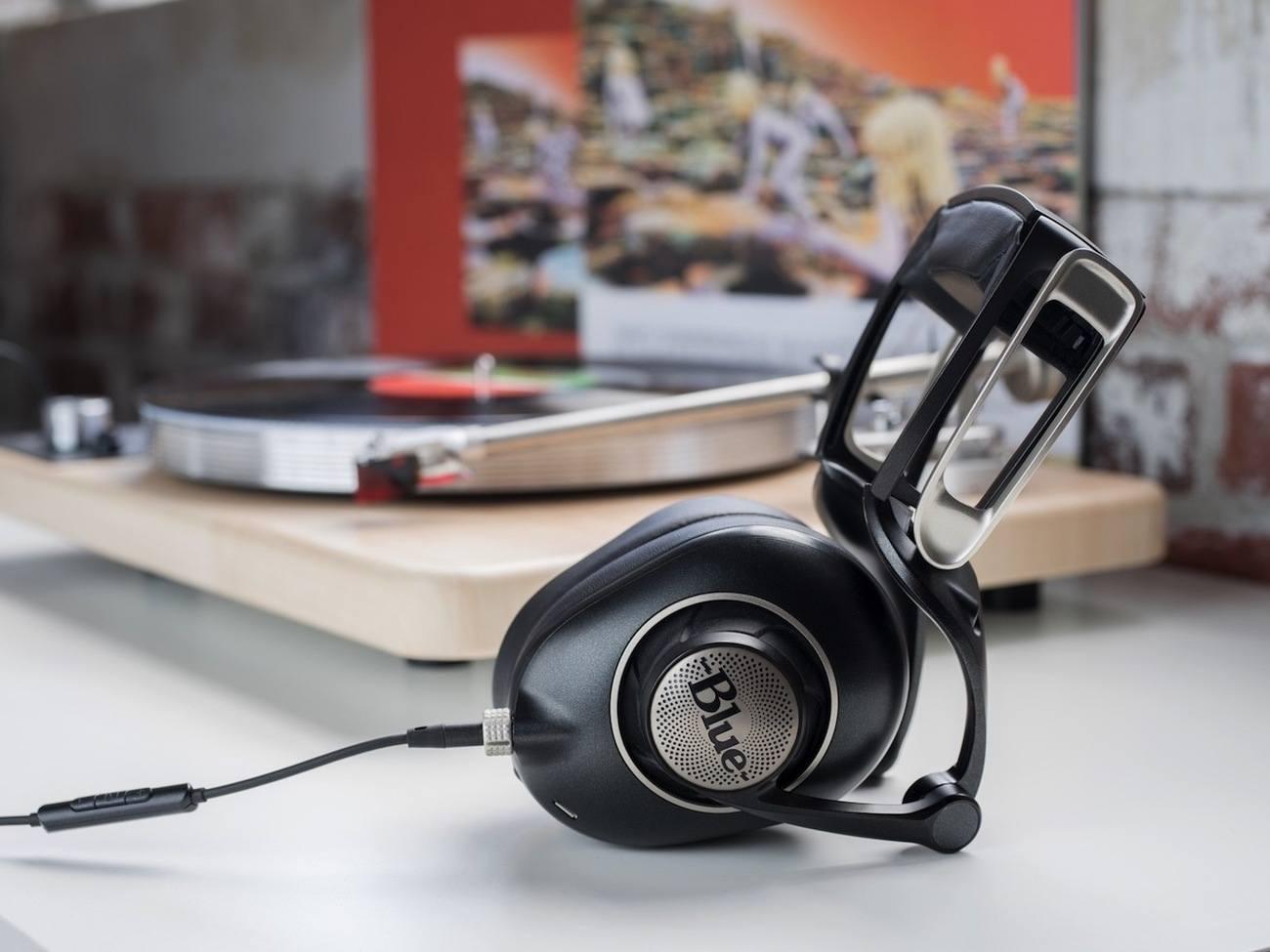 Ella Planar Magnetic Headphones by Blue
