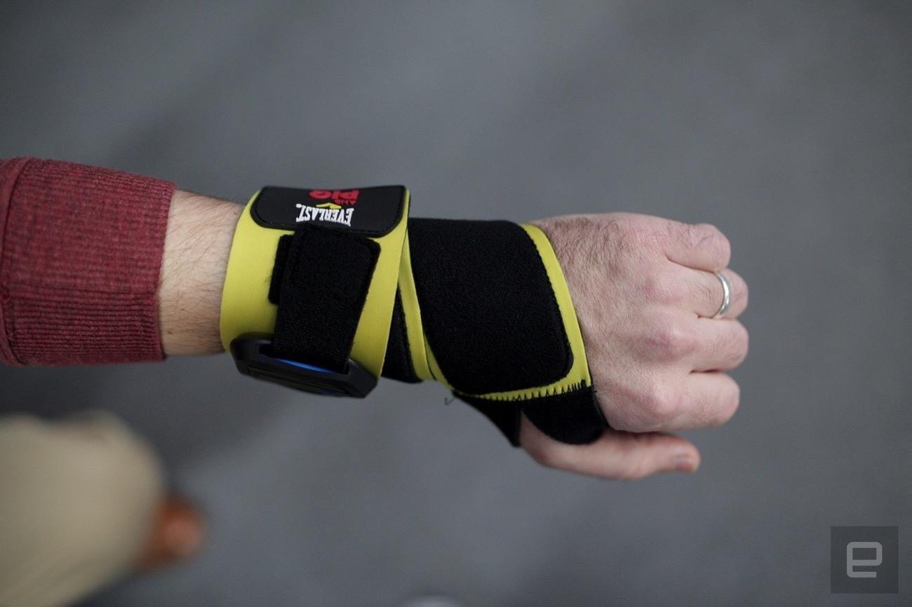 Everlast and PIQ Sport Intelligence Wearable
