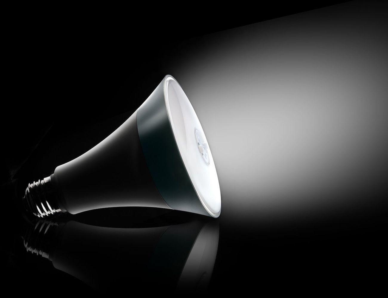 Helia+Smart+Bulb