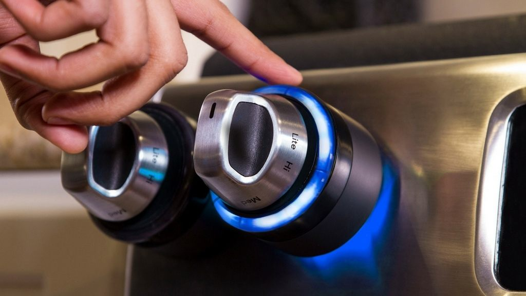 Inirv React Smart Stove Sensor loading=