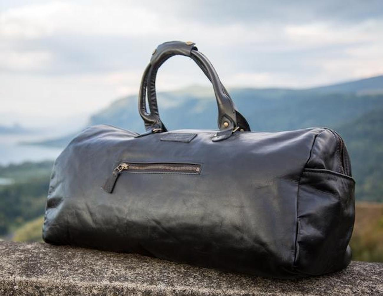 Loopt Classics Sustainable Duffle Bag