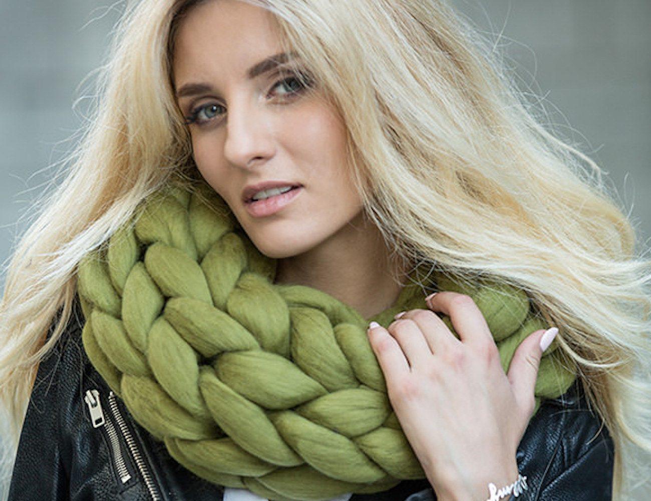 Macaron Merino Wool Cowl