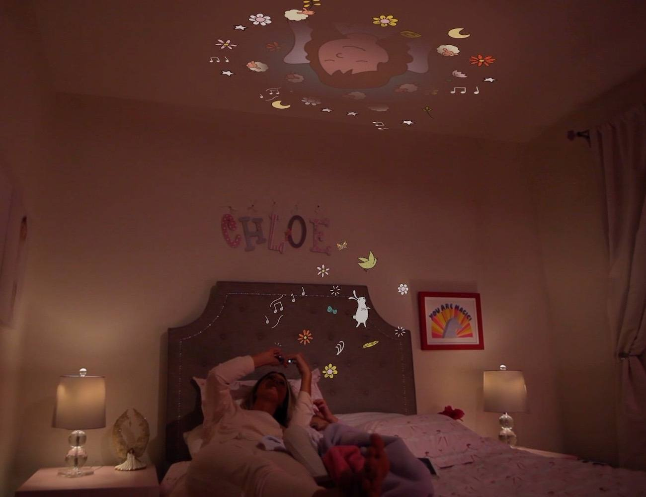 Moonlite – Bedtime Story Projector for Your Mobile Phone