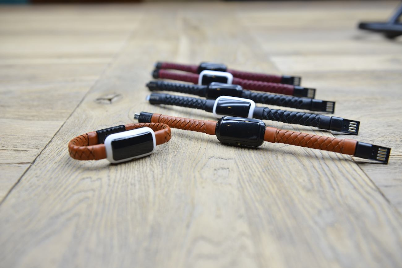 NIFTYX Wearable Power Bank