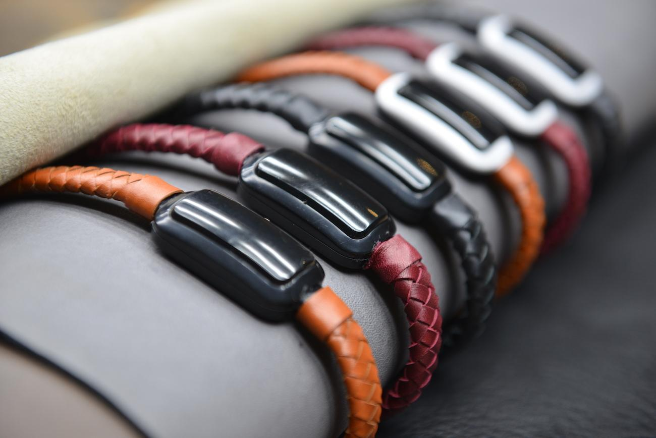 The NIFTYX is a Wearable Power Bank for Your Wrist