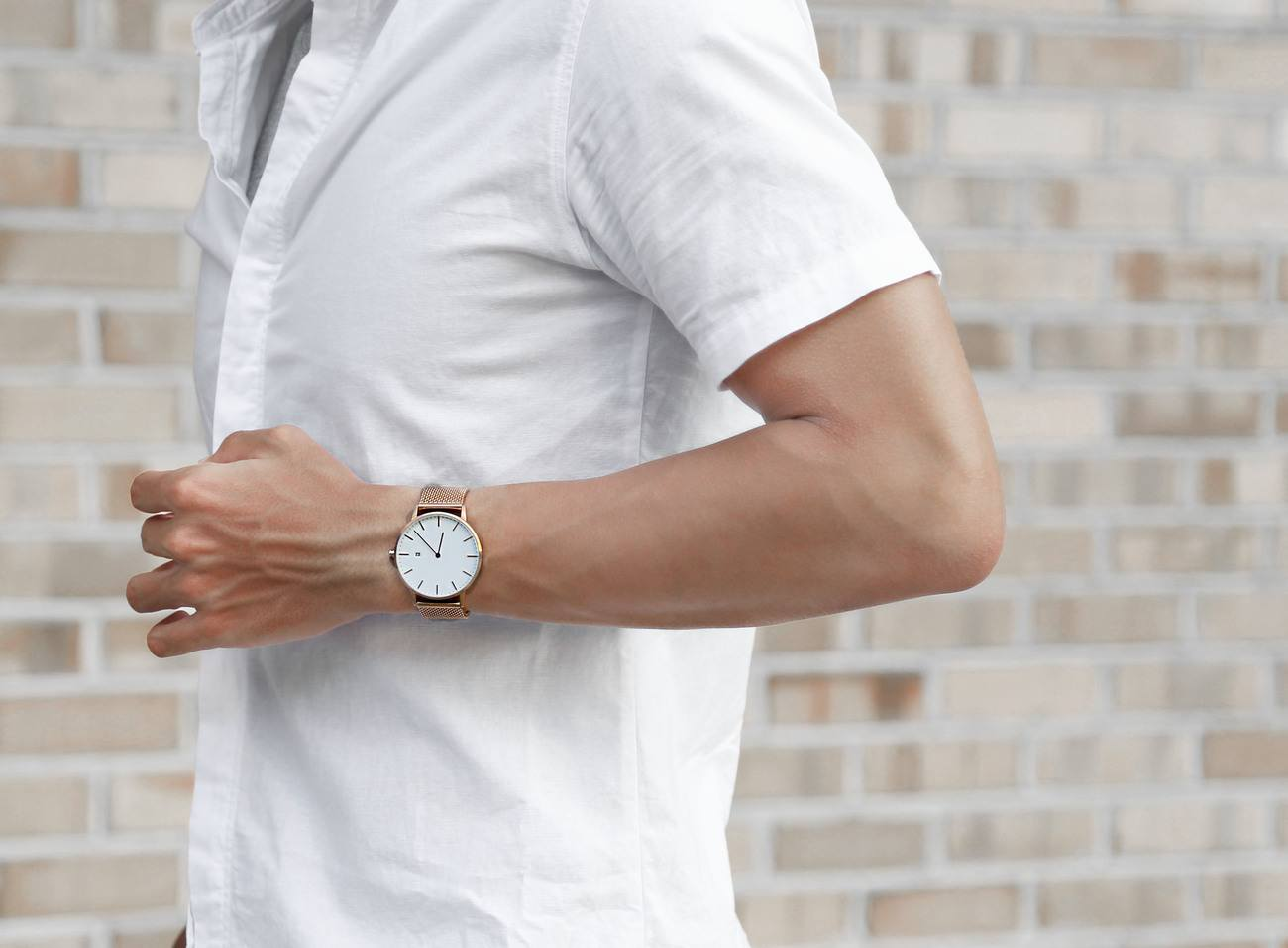 The Everyday Watch with Interchangeable Straps