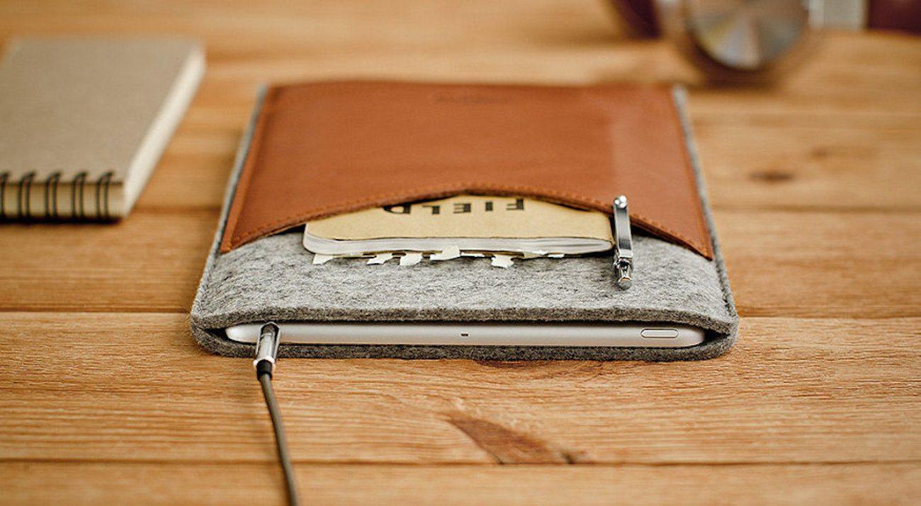 WELT Leather iPad Case