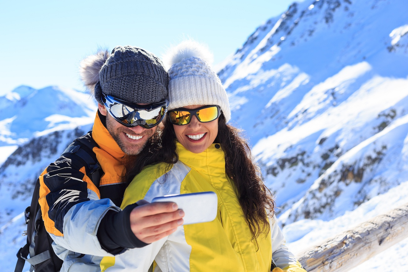 WinterCase Hand Warming Smartphone Case