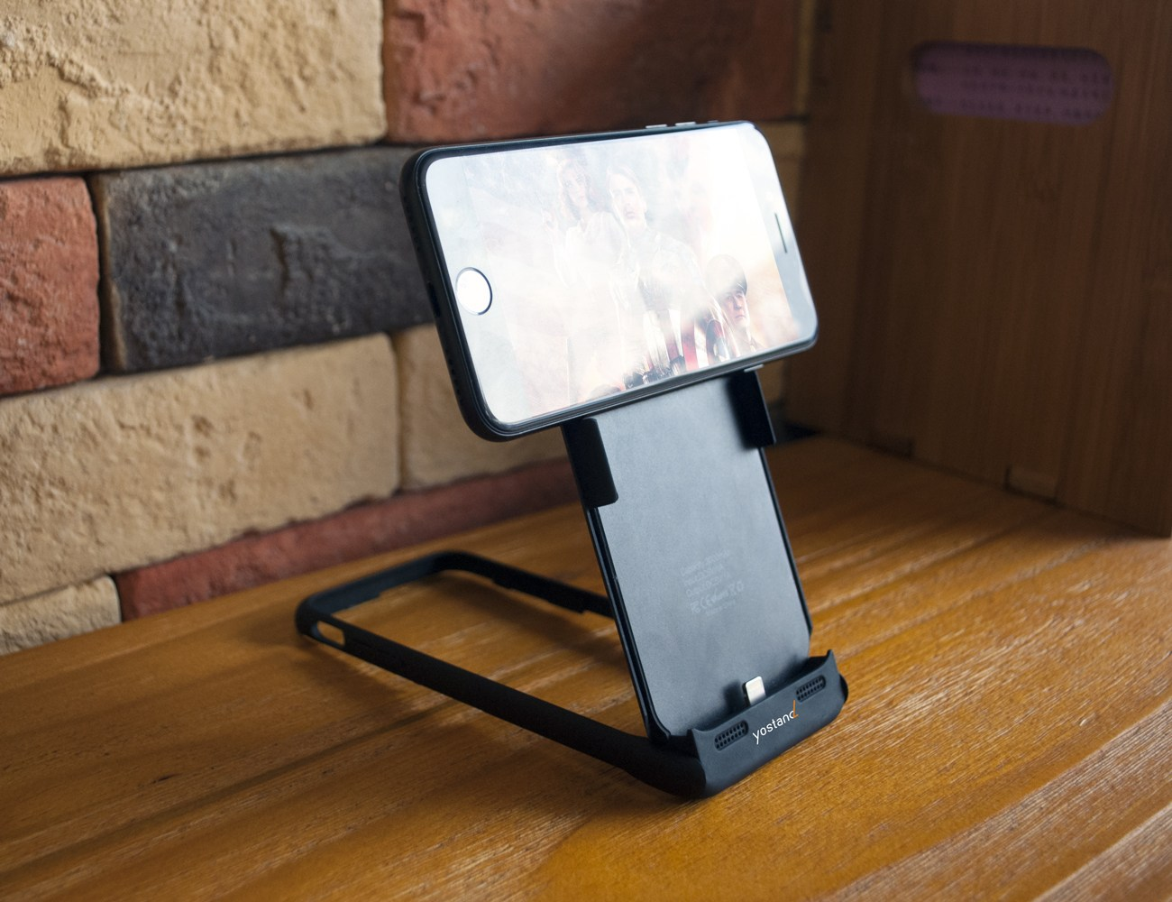 iStand 7 Pro Multifunctional iPhone Case