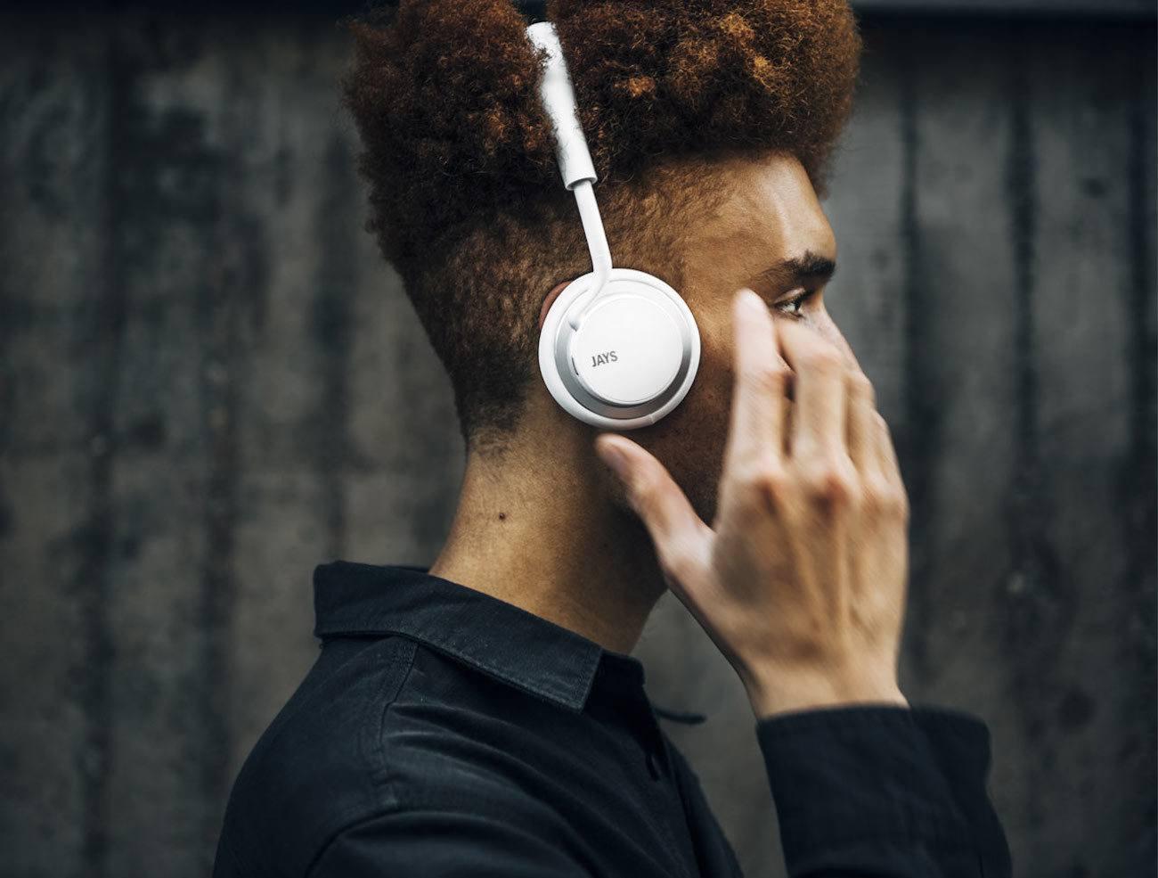 u-JAYS Smart Wireless Headphones