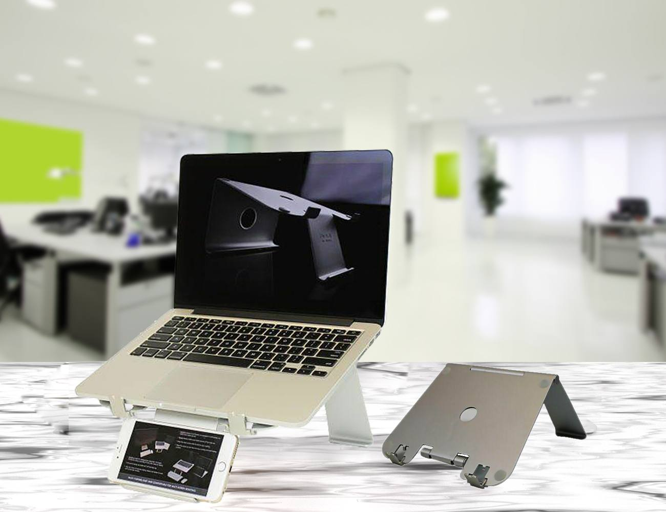 DiiZiGN Foldable Laptop Stand