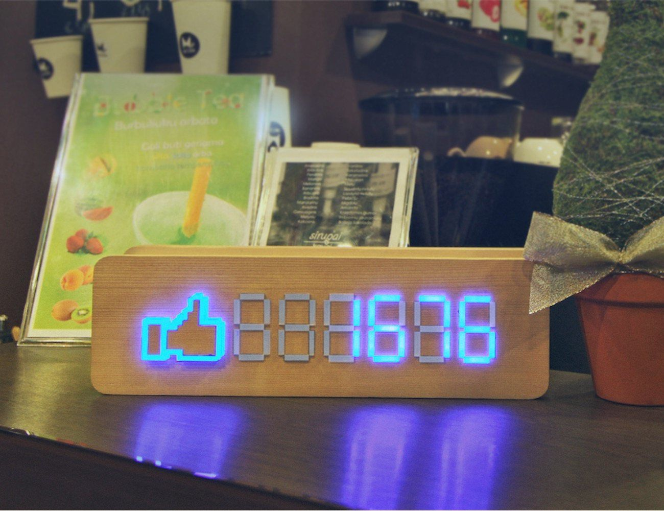 15 Social Media Gadgets to Make All Your Followers Jealous
