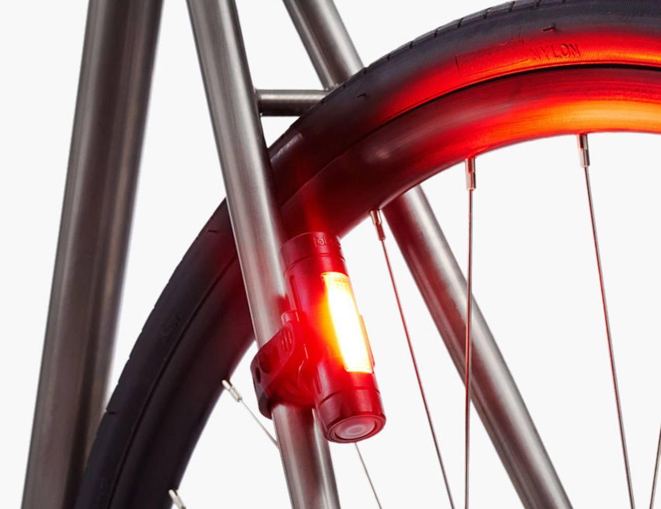 Fabric FLR30 Accelerometer Bike Brake Light