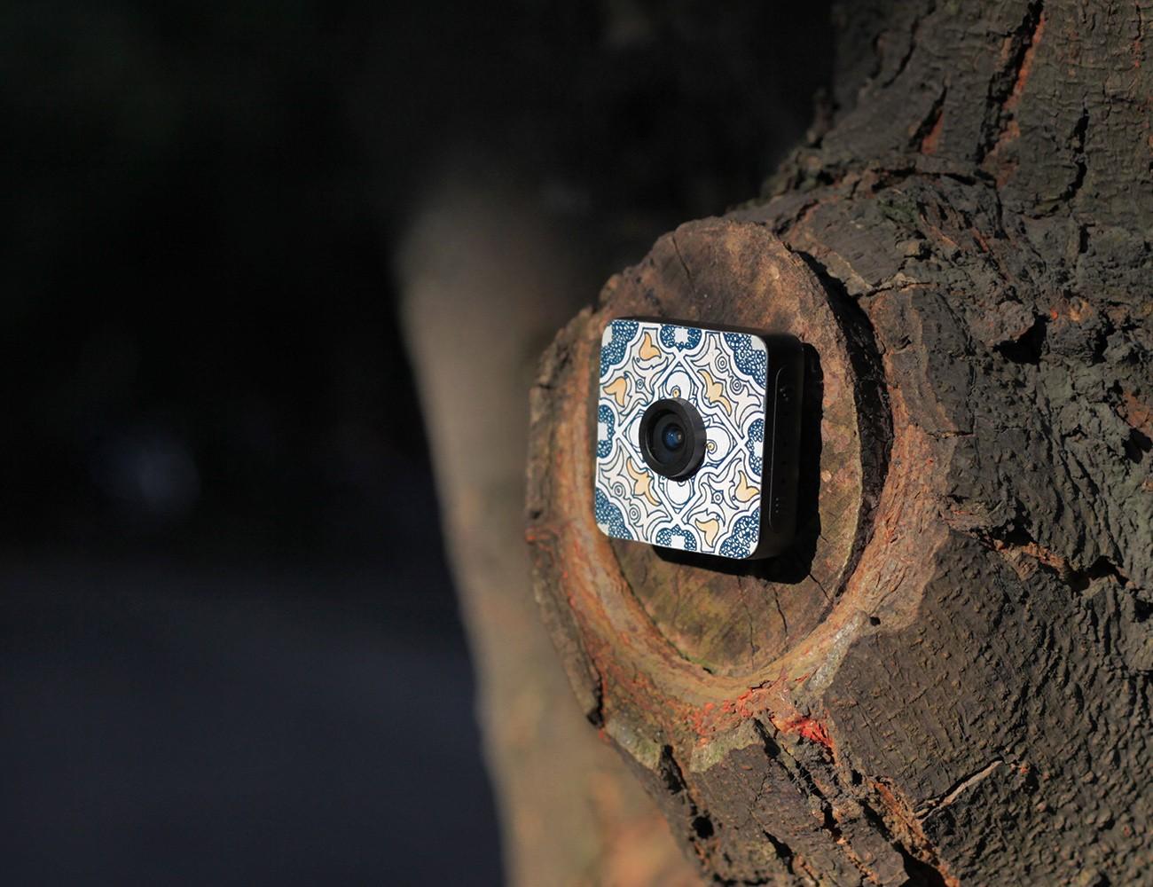 Foxshot Portable Stickable Camera