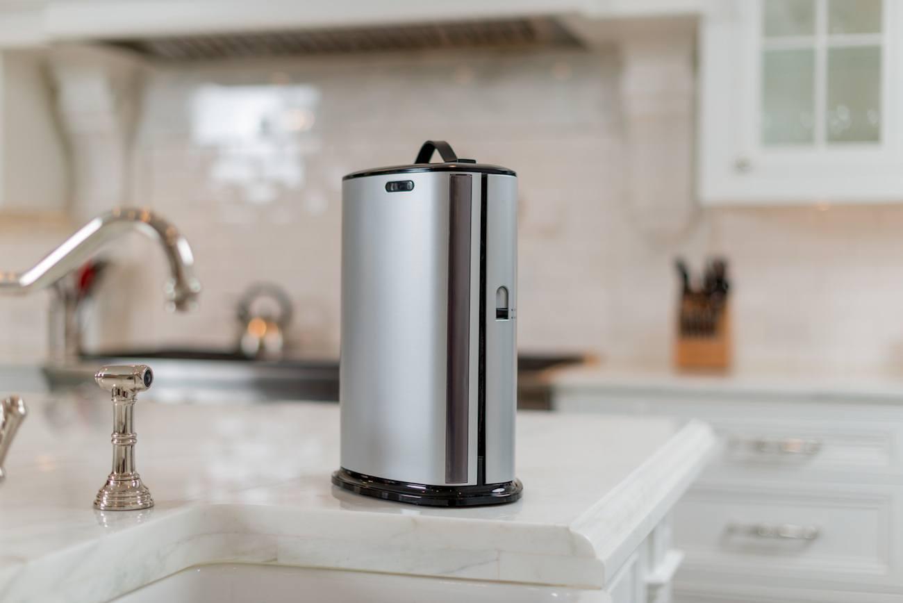 Innovia Automatic Paper Towel Dispenser Gadget Flow