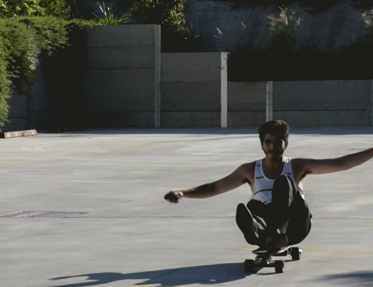 The IvoryBoard Electric Skateboard Gets Top Marks for Performance