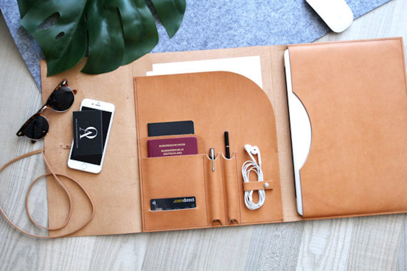 Leather+MacBook+Portfolio+Cover