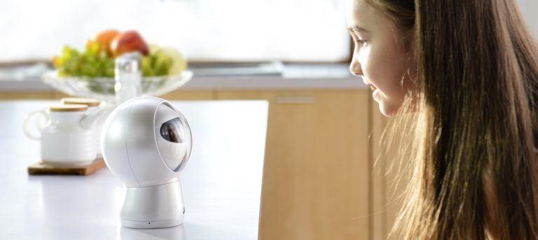 MB01+Personal+Assistant+Surveillance+Robot
