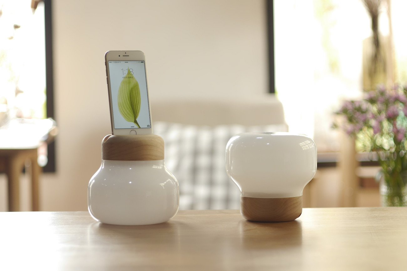 Mushroom LED Lamp Smartphone Charger