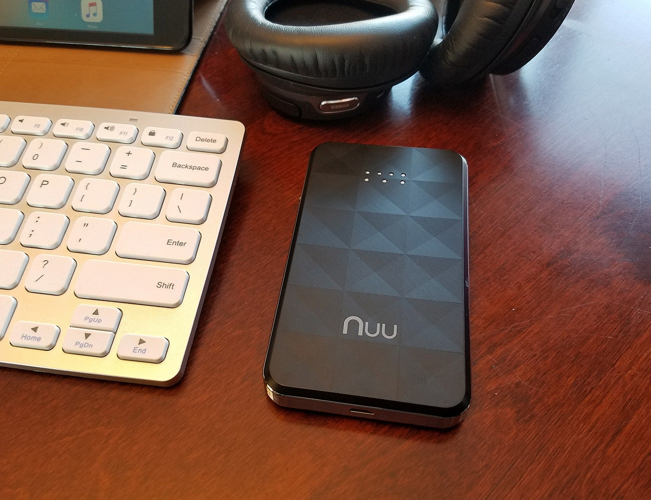 NUU Konnect i1 Global 4G LTE Data Hotspot