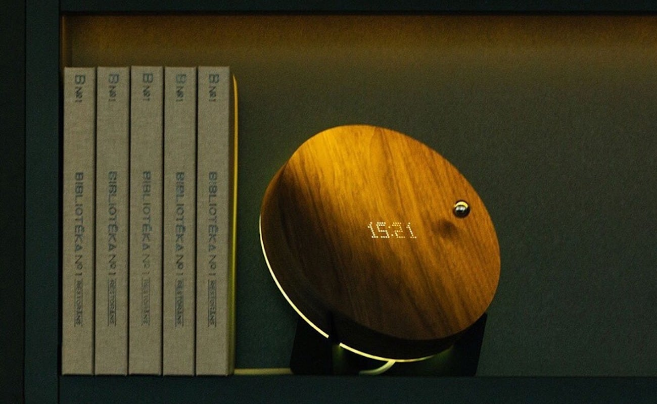 STORY Levitating Timepiece by Flyte helps you visualize the passing of time