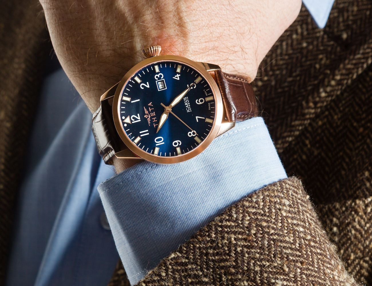 The THETA Icarus Automatic Swiss Watch Features 25 Jewels