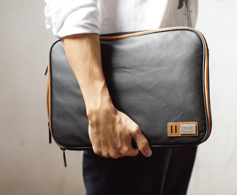 Handmade+MacBook+Case+With+Organizer