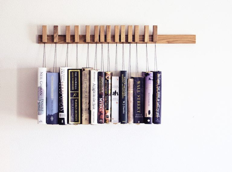 Wooden+Book+Rack+in+Oak
